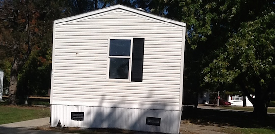 mobile home missing shutter