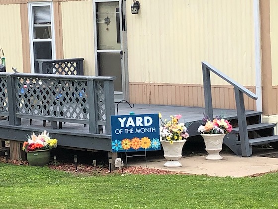 mobile home park yard of the month