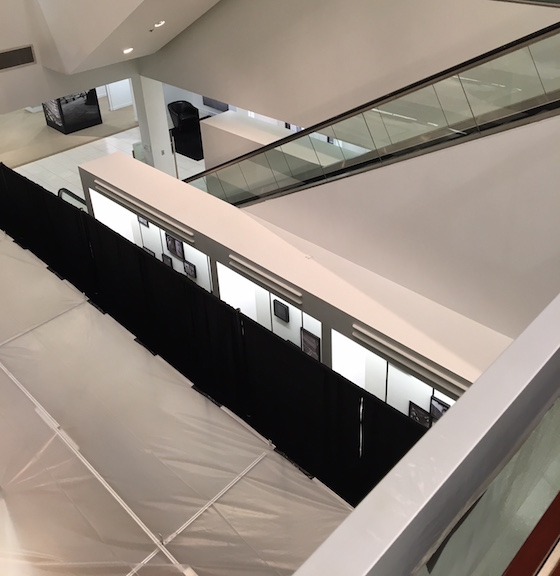 saks escalator